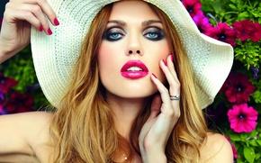 Picture hat, model, blonde, makeup