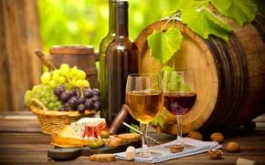 Picture wine, glass, cheese, bread, grapes, nuts, sausage