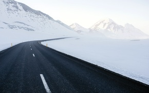 Picture road, snow, mountains