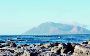 Picture stones, the ocean, shore