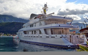 Picture clouds, The sky, yacht, luxury, style., sea Bay