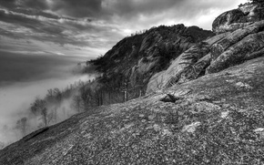 Wallpaper black and white, Old Rag, VA, Fog, Mountains, Clouds