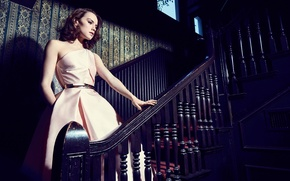 Picture Miller Mobley, Daisy Ridley, ladder, actress, hairstyle, makeup, brunette, The Hollywood Reporter, Daisy Ridley, photographer, …
