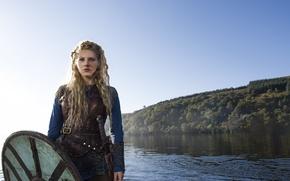 Picture sword, the series, shield, Vikings, The Vikings, Katheryn Winnick