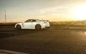 Picture road, white, sunset, nissan, white, Nissan, gt-r, GT-R, r35