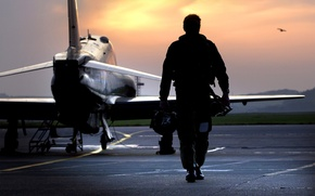 Picture RAF, pilot, silhouette, walking, Hawk Aircraft