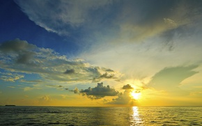 Picture sea, rays, the sun, the sky, horizon, clouds, sunset