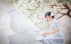 Picture girl, music, piano, Asian