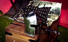 Picture helmet, blur, sword