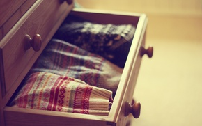 Picture box, chest, sweaters