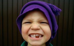 Picture smile, hat, child, teeth, boy, twisted, bubo