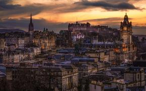 Picture Scotland, UK, twilight, Edinburgh, old town, evening. lights