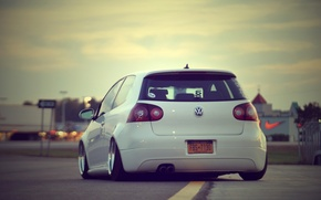 Picture road, city, volkswagen, cars, auto, golf, White, wallpapers, Tuning cars, Wallpaper HD, Tuning auto