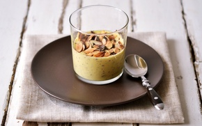 Picture glass, ice cream, dessert, saucer, nuts, napkin