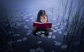 Picture girl, lake, book