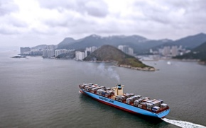 Picture the city, Sea, Day, The ship, The view from the top, A container ship, Cargo, …