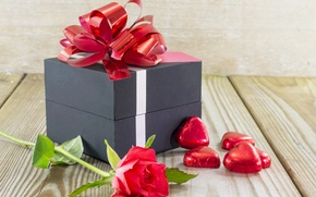 Picture gift, rose, candy, bow