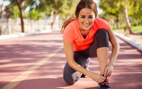 Picture pose, sportswear, preparations, physical activity outdoors
