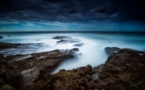Picture sea, gray clouds, wave, stone, storm, horizon, clouds