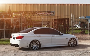 Picture white, tuning, bmw, BMW, shadow, the fence, white, side view, f10, 550i