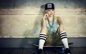 Picture girl, shorts, actress, cap, skate, Chloe Grace Moretz, Chloë Grace Moretz