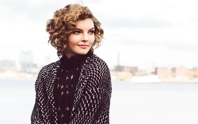 Picture smile, background, model, makeup, actress, hairstyle, Camren Bicondova, NKD, Camren Bikondoa, Catherine Powell