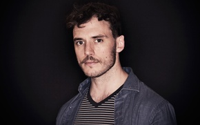 Picture portrait, t-shirt, actor, shirt, black background, striped, photoshoot, Sam Claflin, Sam Claflin, 2016, Giffoni, Vittorio …