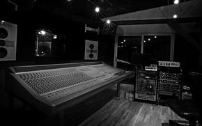 Picture Studio, Remote, Entry