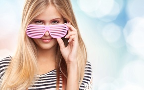 Wallpaper summer, girl, joy, smile, mood, stay, relax, romance, positive, blur, glasses, beauty, vest, bokeh, blinds, ...