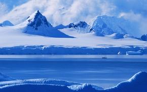 Picture light, morning, Antarctica's Gerlache strait, along