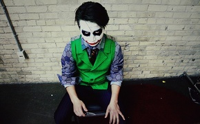 Picture look, knife, Joker