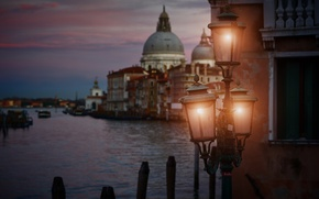 Picture the city, lights, lights, Italy, Venice, Venice by night