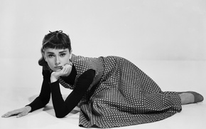 Picture photo, the film, dress, actress, black and white, Audrey Hepburn, Sabrina