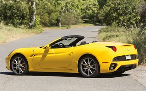Picture car, Ferrari, yellow, California
