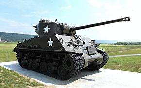 "Picture war, monument, tank, average, Sherman, period, world, Second, ""Sherman"""