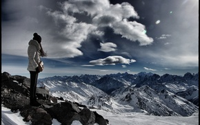 Picture the sky, girl, mountains