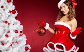 Picture girl, smile, ball, dress, tree, brown hair, bow, cap, Christmas decorations