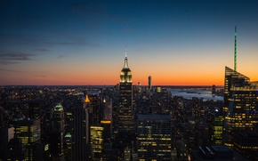 Picture the sky, New York, twilight, Manhattan, The Empire state building, One World Trade Center, United …