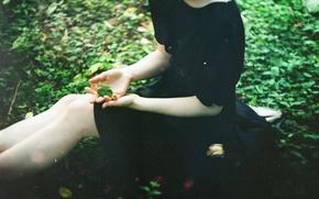 Picture girl, clover, black dress, TanjaMoss