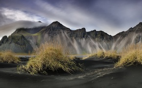 Picture the sky, mountains, Iceland