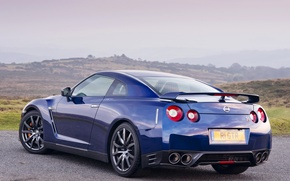 Picture the sky, blue, ass, Nissan, GT-R, drives, exhaust, wheel