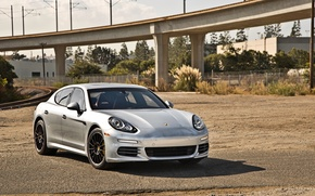 Picture Porsche, Panamera, 2014, under the bridge