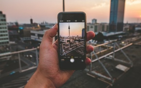 Picture landscape, photo, iPhone, hand, Germany, male, twilight, Berlin, TV tower