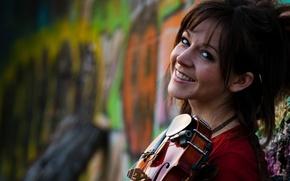 Picture smile, graffiti, violin, violin, Lindsey Stirling, Lindsey Stirling