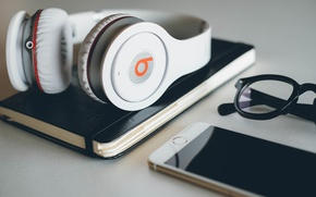 Picture Apple, Headphones, Glasses, Phone, Hi-Tech, Iphone, Beats, Phone, Innovation, By Dr. Dre