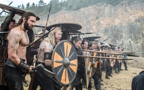 Picture weapons, the series, voltage, Vikings, shields, warriors, historical, The Vikings, Clive Standen, drama, Rollo
