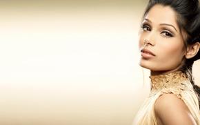 Picture girl, actress, beauty, girl, sexy, eyes, smile, beautiful, Freida Pinto, model, pretty, beauty, lips, face, ...