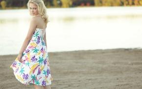 Picture girl, dress, blonde, Hannah Duggan