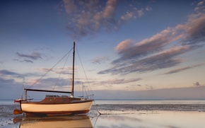 Picture sea, ship, sailboat, dirt, stranded