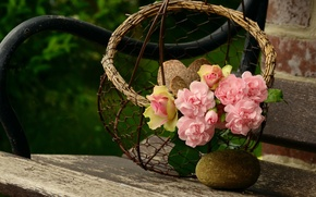 Picture bench, basket, roses, pink